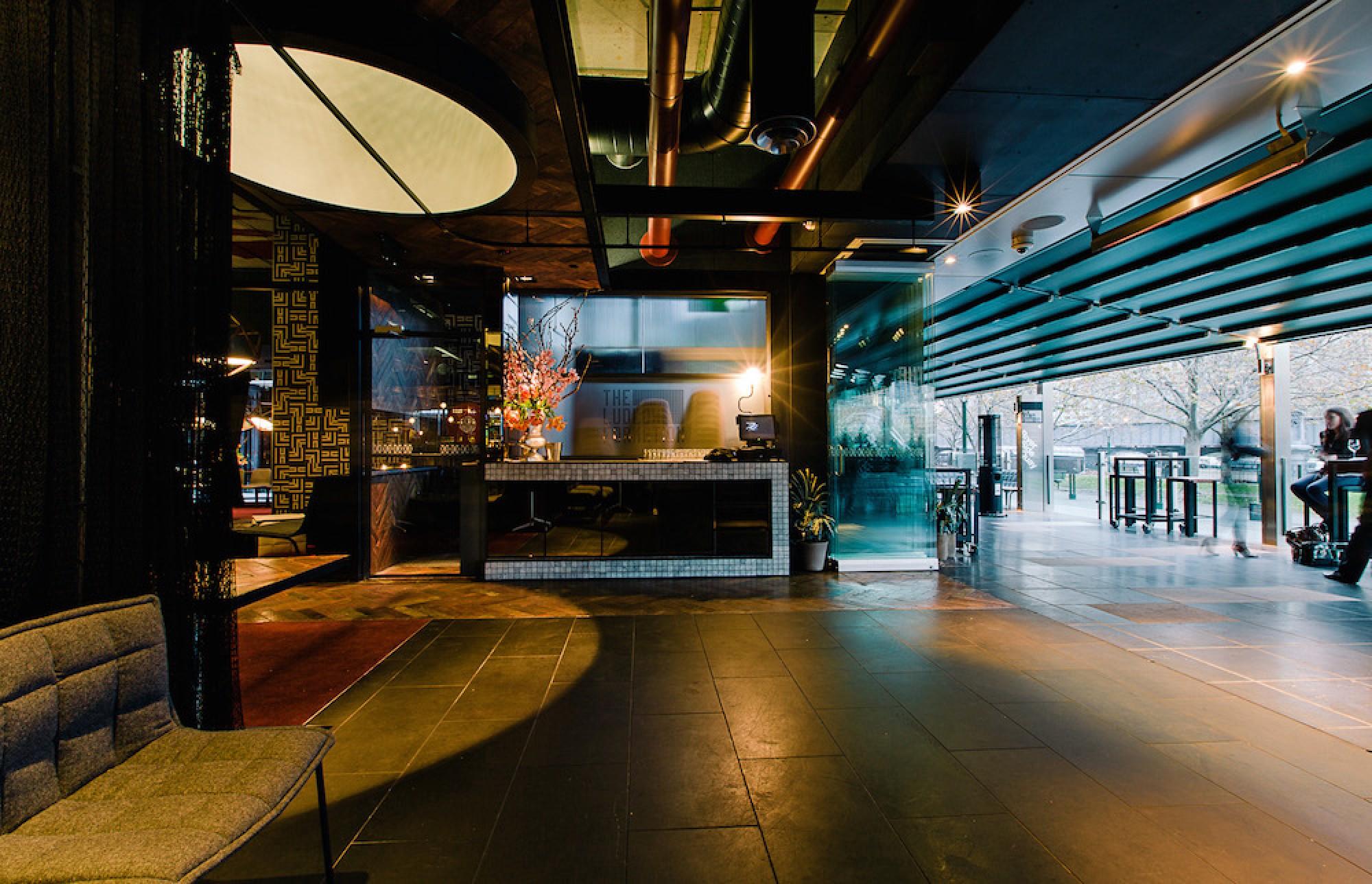 Ludlow bar
