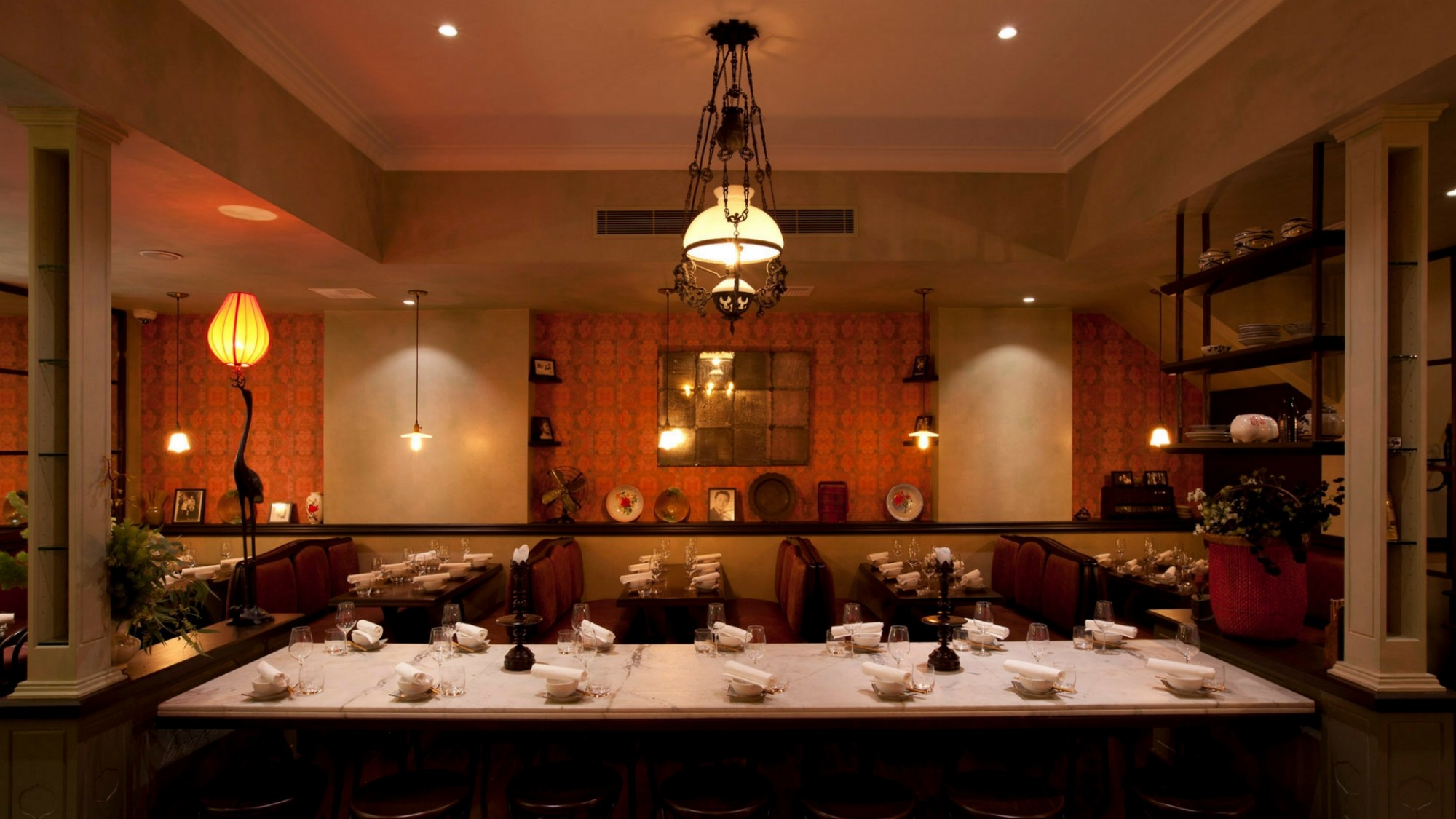Red lantern restaurant private dining room book save for Best dining rooms in sydney
