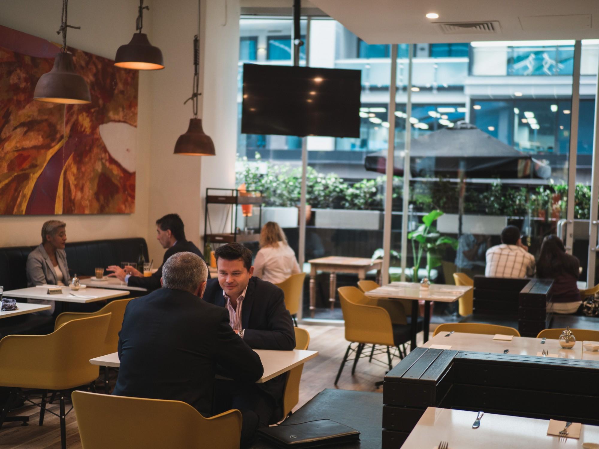 slate restaurant and bar: book & save with venuemob | venuemob