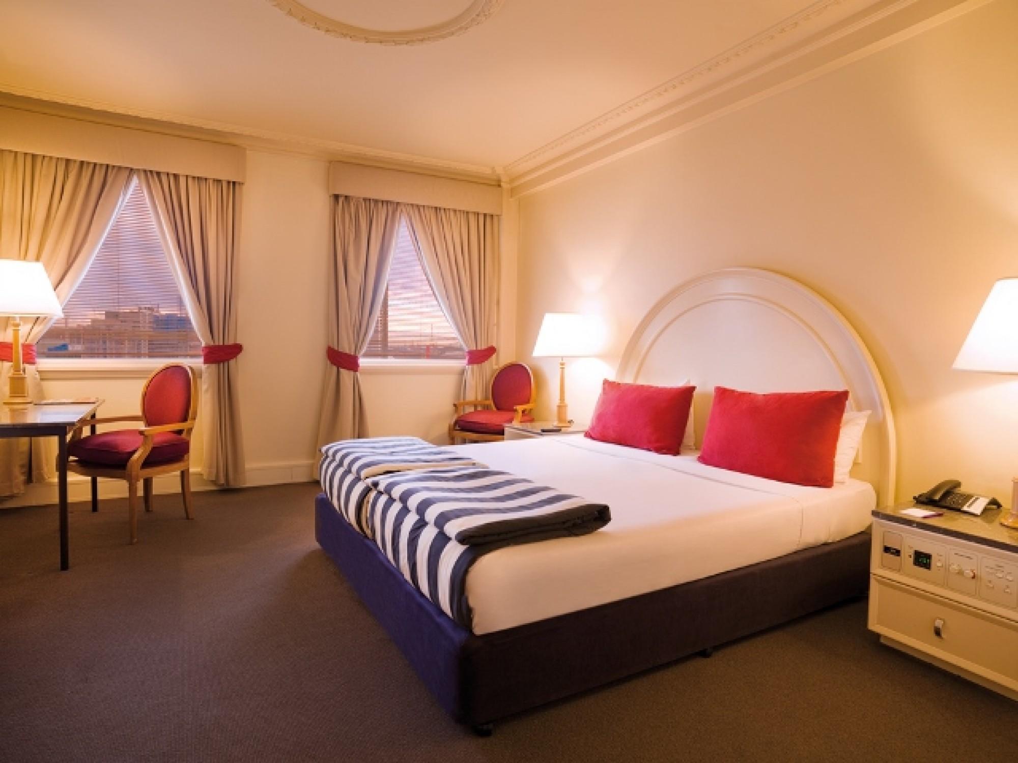 Savoy Plaza Hotel Perth